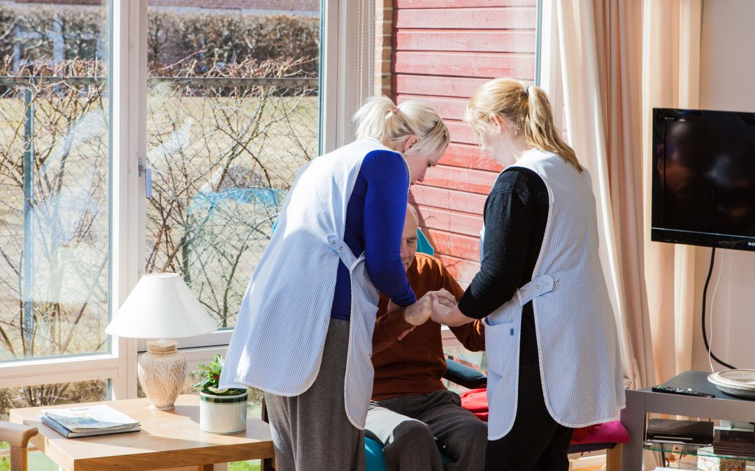 Bristfällig organisation ofta orsak till sjukskrivningar och ryggproblem inom äldrevården